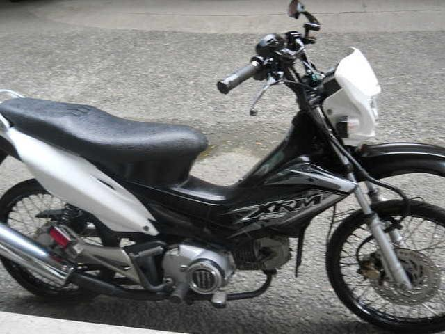 100 pesos a day an you can own xrm 125