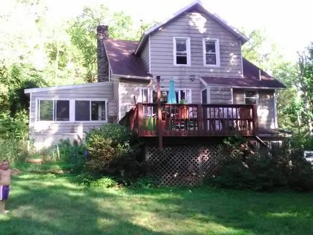 100 Year Old 3 Bed On 4 Acres Canadensis