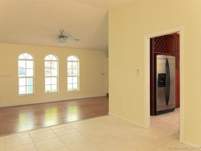 10173 Nw 16th St, Coral Springs, Fl 33071