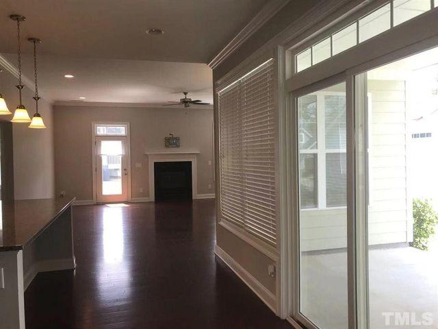 104 Sweet Maple Ct, Holly Springs, Nc 27540
