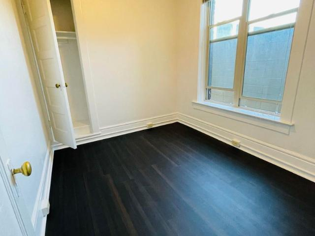 107 1st Ave N 2 Bedroom Apartment For Rent At 107 1st Ave N, Seattle, Wa 98109 Lower Queen...