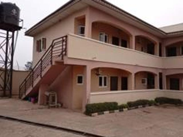 10 Bedroom Apartment / Flat For Sale In Ibadan North West For ₦ 80 000 000 With Web Refere...
