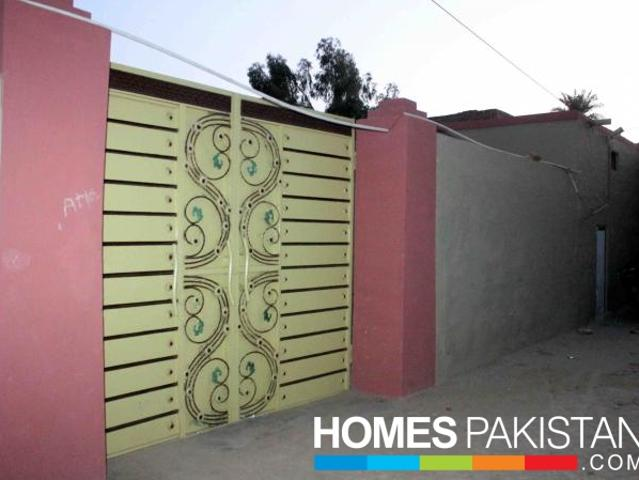 10 Marla 3 Bedrooms Beautiful Location House For Urgent Sale