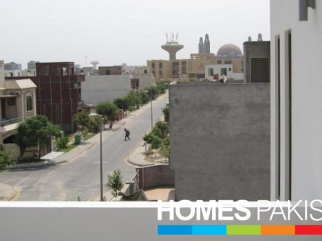 10 Marla 5 Bedrooms First Class Location House For Sale In C Sector