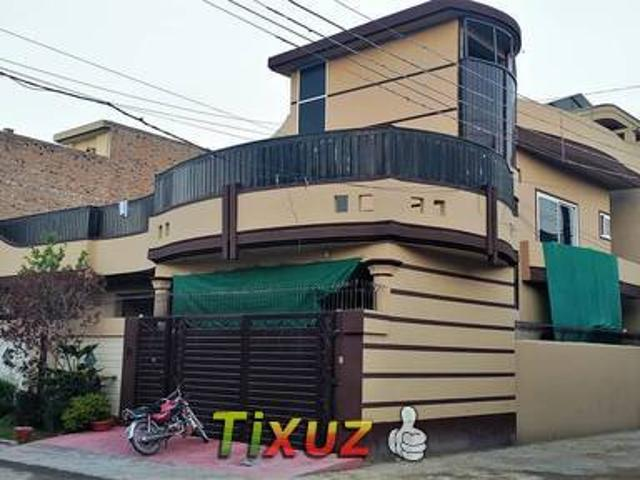 10 Marla Corner House Foreign Architecture For Sale