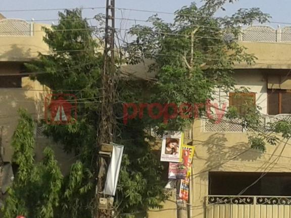 10 Marla Double Storey House With Servant Quarter In S Block Model Town For Sale
