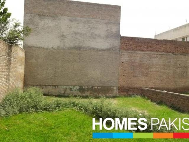10 Marla Ideally Located Residential Plot For Sale In Tauheed Colony