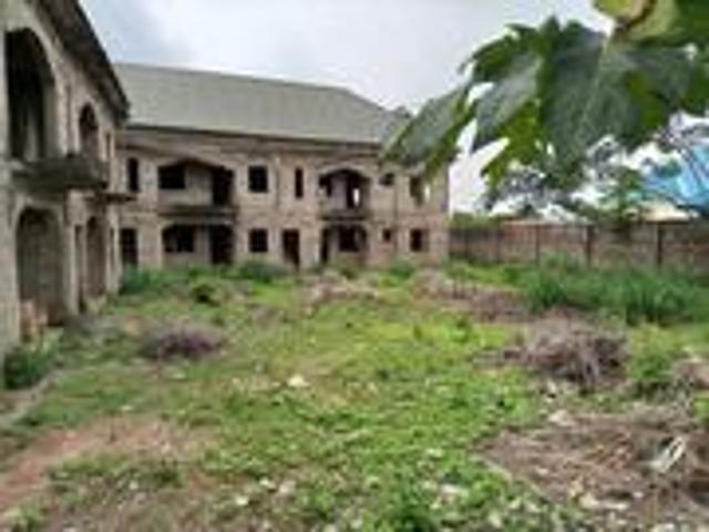 10bdrm Block Of Flats In Bamson Investment, Sagamu For Sale