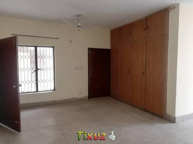 10marla 1st And 2nd Floor For Rent Prime Location Near Main Boulevard