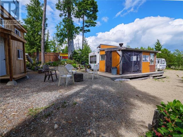 1137 Sixth Ave, Salmon Beach In Ucluelet, Bc