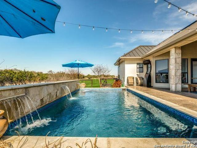 116 Valley Knoll, Boerne, Tx 78006