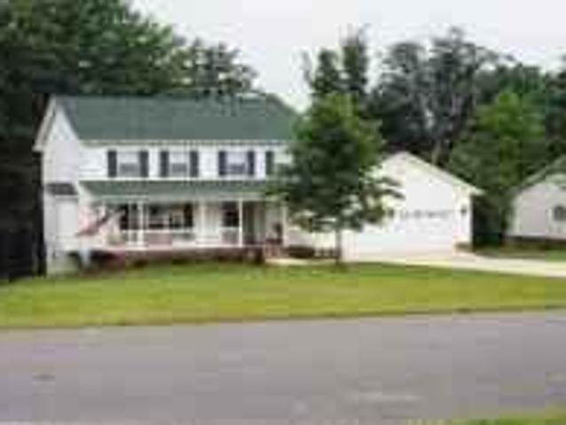 $1200 / 3br House For Rent Clyde Cambell District Hickory Carolina Springs