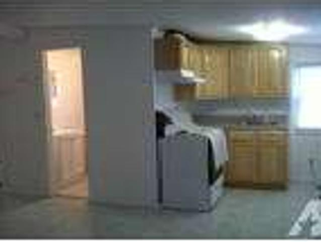 $1250 One Br One Ba