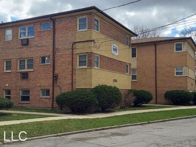 12845 Hoyne Ave 2 Bedroom Apartment For Rent At 12845 Hoyne Ave, Blue Island, Il 60406