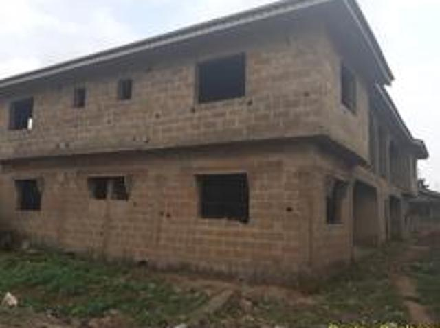 12 Bedroom House For Sale In Egbeda For ₦ 18,000,000 With Web Reference 109039002