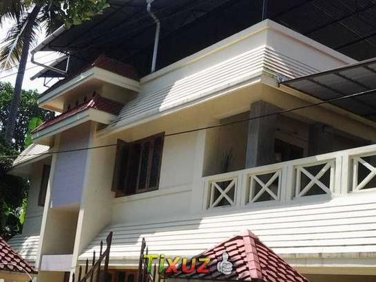 1307 S 2200 Sqft House With 10 15 Mtr Road