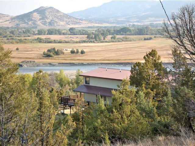 131 Parrot Ditch Road Cardwell, Mt 59721: $1399000