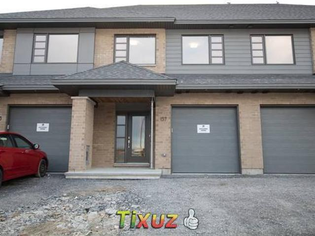 137 Longworth Avenue Ottawa On K1t 0t2 3 Bedroom House For Rent For 2250 Month