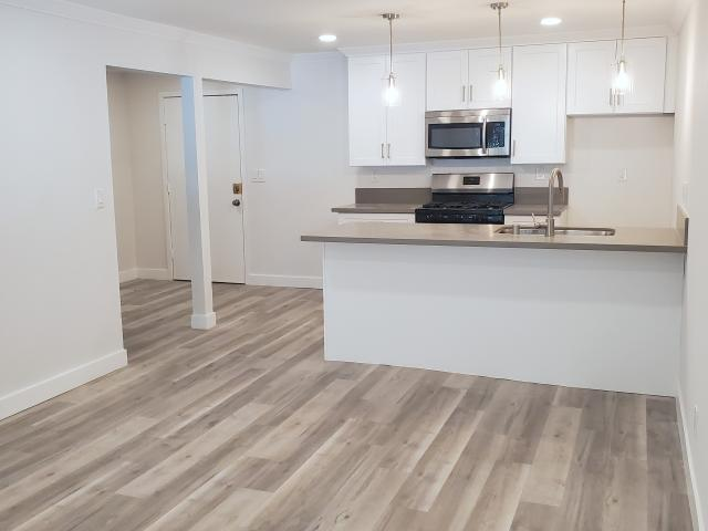 13850 Victory Blvd. 1 Bedroom Apartment For Rent At 13850 Victory Boulevard #209, Los Ange...