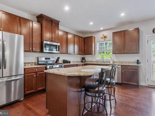 1424 Berry Drive, Kennett Square, Pa 19348