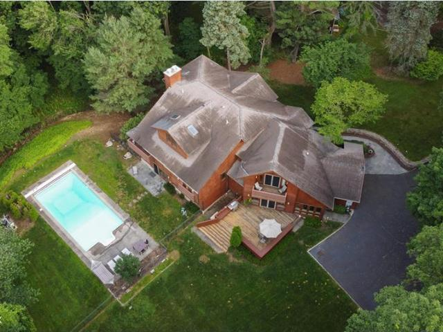 14 Pleasant View Place, Old Greenwich, Ct 06870