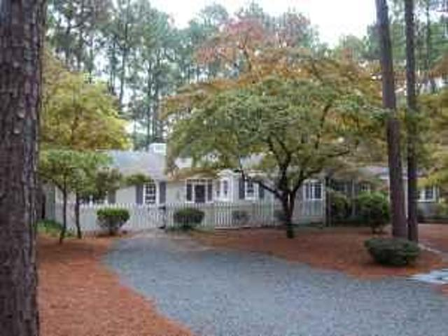 $1500 / 2br 2200ft² Southern Pines Golf Front Home Rent Reduced Southern Pines, Nc
