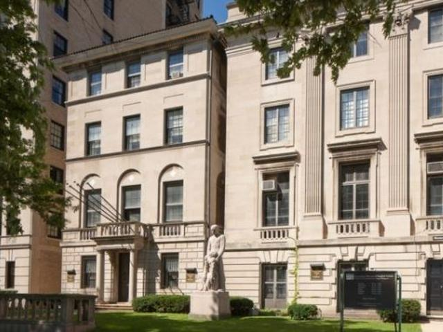 1516 North Lake Shore Drive Chicago Il 6 Bedroom Single Family Homes For Sale
