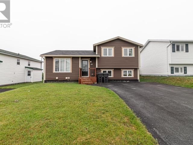 15 Frobisher Avenue, In Mount Pearl