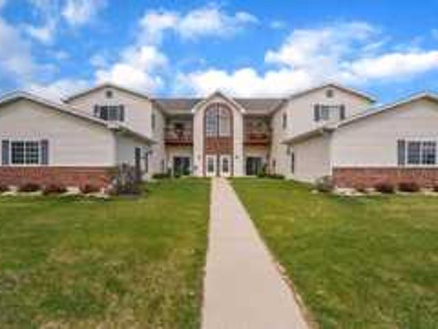 1600 Commonwealth Dr Unit 2, Fort Atkinson, Wi 53538   Townhouse   Propertiesonline. Com