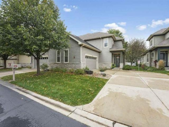 1622 Pond View Ct, Middleton, Wi 53562 Home For Sale Mls# 1894 | Shorewest Realtors