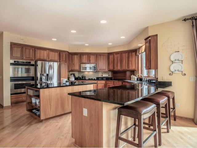 1698 Rd Place N, Maple Grove, Mn 55311