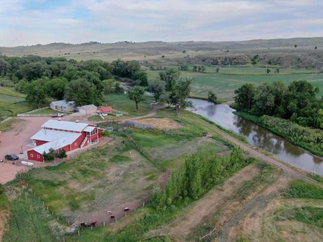 1718 St Hwy 345 Ranchester, Wy 82839: $3700000