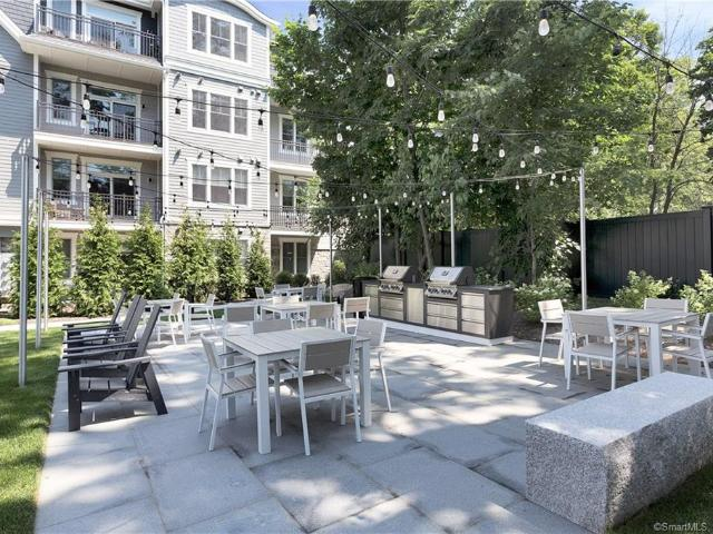 180 Park Street #204 New Canaan, Ct 06840