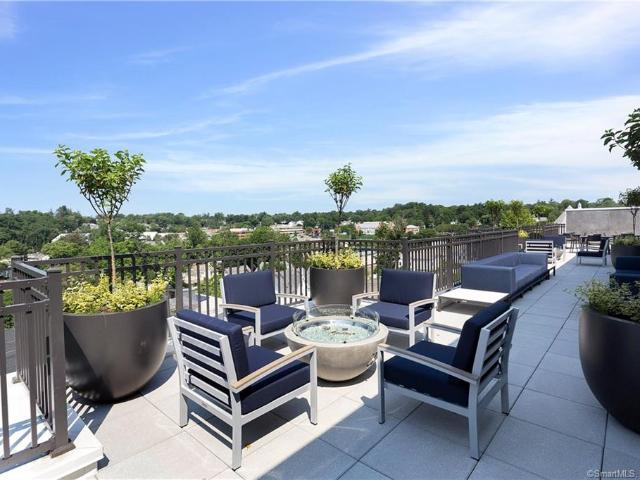 180 Park Street #306 New Canaan, Ct 06840