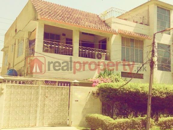 18 Marla & 21 Sq.ft.house For Sale Samanabad, Lahore