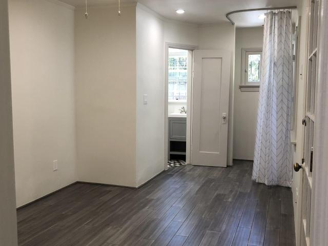 1950 1 Bedroom In 1033 Meadowbrook Avenue Los Angeles, Ca Apartments For Rent
