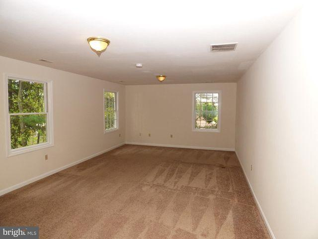 19544 Scenery Dr, Germantown, Md 20876