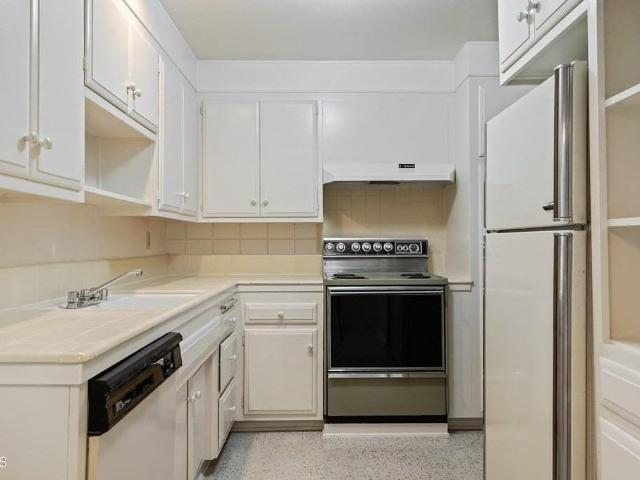 1970 3 Bedroom In 133 East Channel Islands Boulevard Port Hueneme, Ca Apartments For Rent