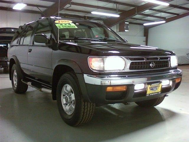 1998 nissan pathfinder used cars in illinois mitula cars. Black Bedroom Furniture Sets. Home Design Ideas
