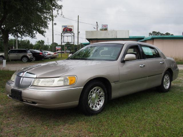 Lincoln Town Car Florida 25 Gold Lincoln Town Car Used