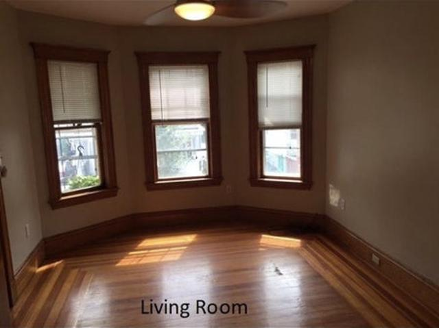 $1,100 / 3br 1500ft2 6/1 Sublet With Option To