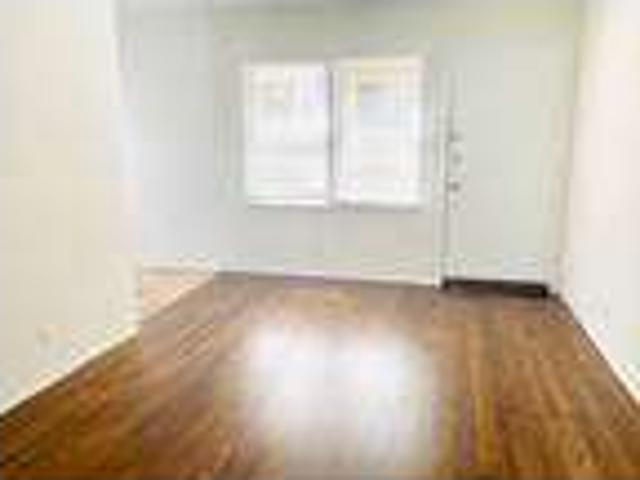 $1,595 1387 Midvale #1 Gorgeous, Lower, 1 Br!