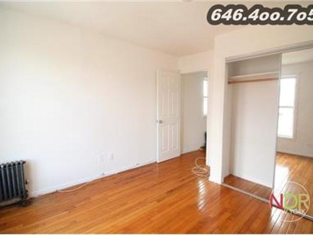 1.5 Bedroom With Heat & Hot Water Included