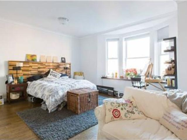 $1,600 Huge Room In Gorgeous Co Living House Broo