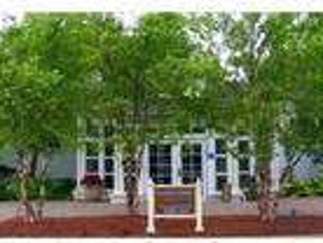 1 Bed Beachwood Townhomes & Apartments