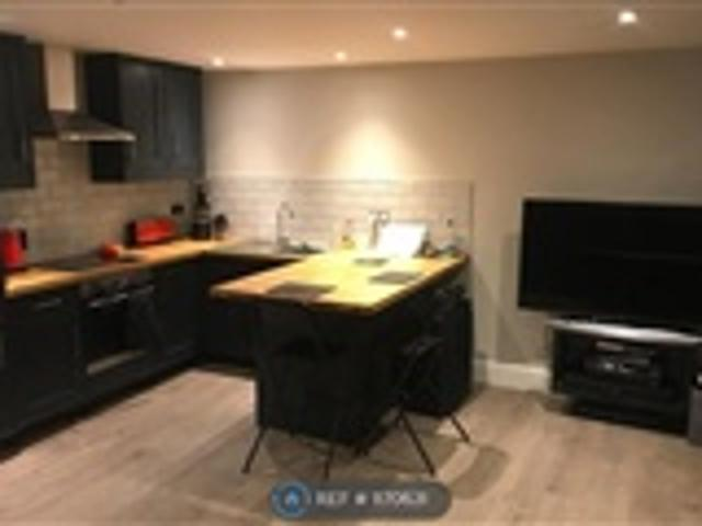 1 Bed Flat For Rent Waverley Road Kenilworth