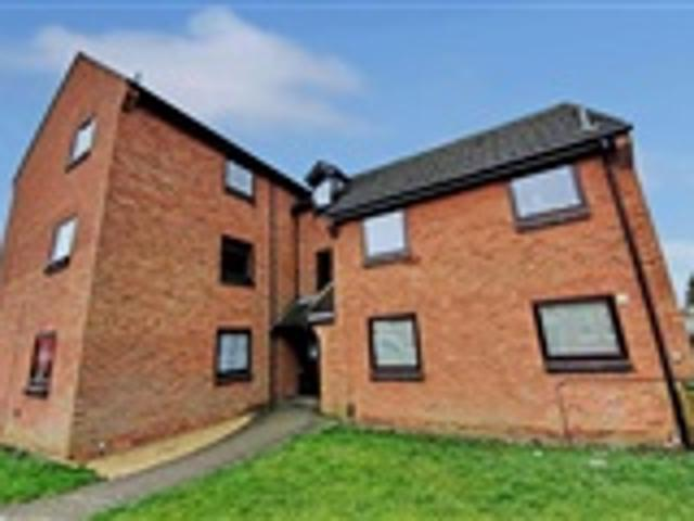 1 Bed Property For Sale Manton Court Rushden
