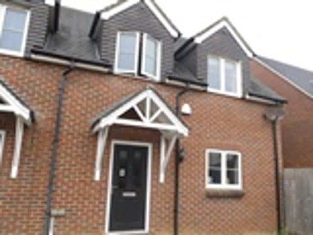 1 Bed Semi Detached For Rent Ensbury Gardens Bournemouth