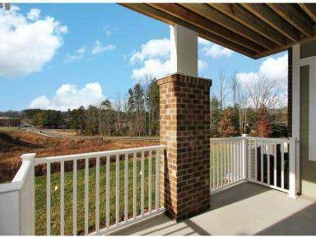 1 Bed Village Of Ballantyne Commons
