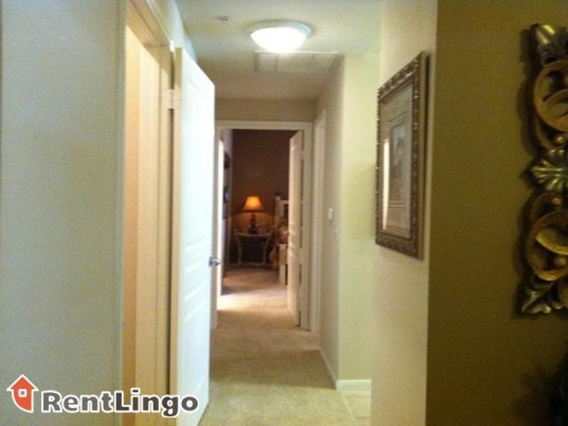 1 Bedroom 613 Scott Street